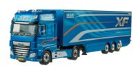 DAF XF Super Space Cab 4x2 + Box Trailer